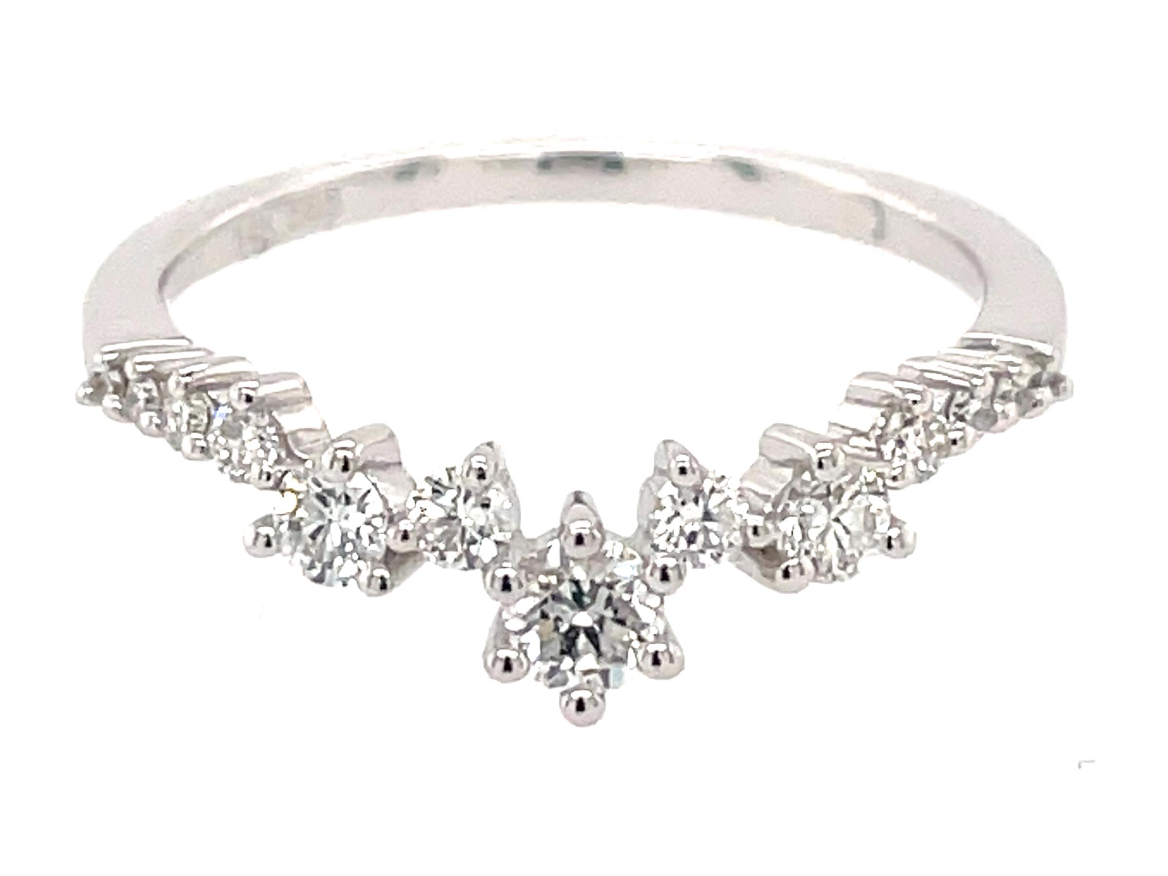 Diamond Scattered V Trail Ring