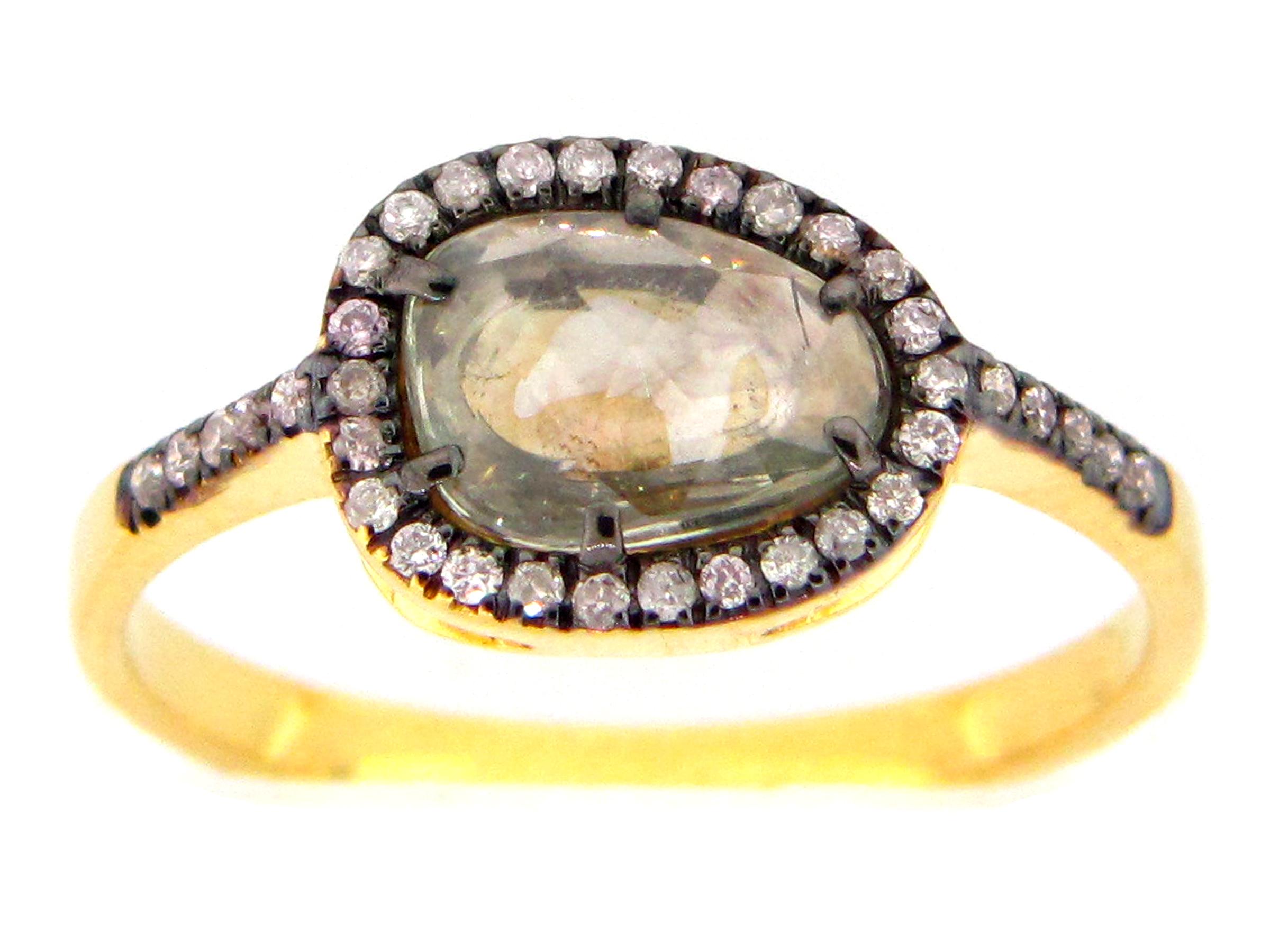 Green Sapphire & Diamond Ring