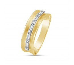 Diamond Saddle Line Ring